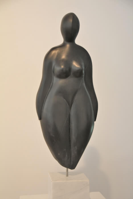 lescarmontier-jeanine-venus-marbre-noir-3